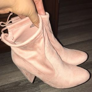 Baby pink faux suede booties!